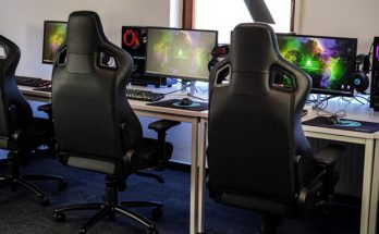 Best Gamer Chairs available - from Merax to Razer